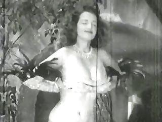 Antique Stripper Betty Howard - 1940s