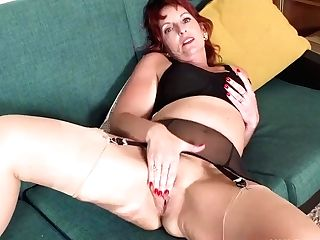 Randy Matures Red-haired Beau Diamonds Wanks In Bullet Hooter-sling...