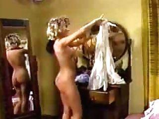 Candy Evans Masturbates In The Motel Room