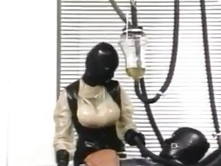 Gummiklinik Frau Dr. Monteil Two